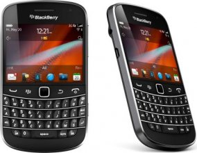 BlackBerry 9900 Bold Touch (Dakota) Black Magnum Un-locked Phone
